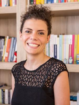 Img-Dott-Alessandra-Esposito